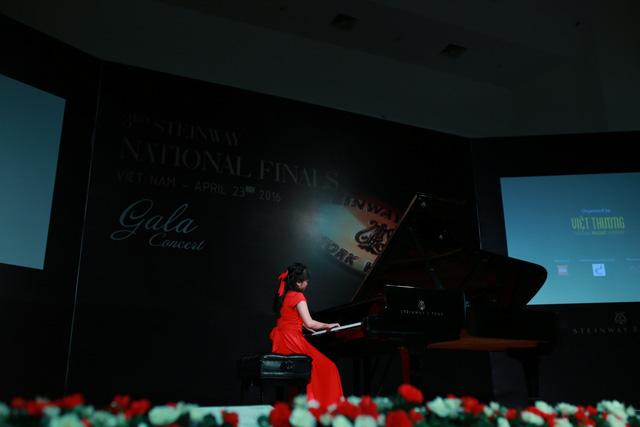 Chàng trai 15 tuổi đại diện Việt Nam tranh tài Piano tại Malaysia