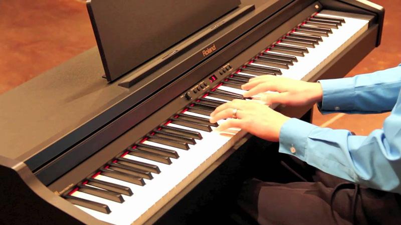 Đàn piano điện cũ giá rẻ, nên mua hay không