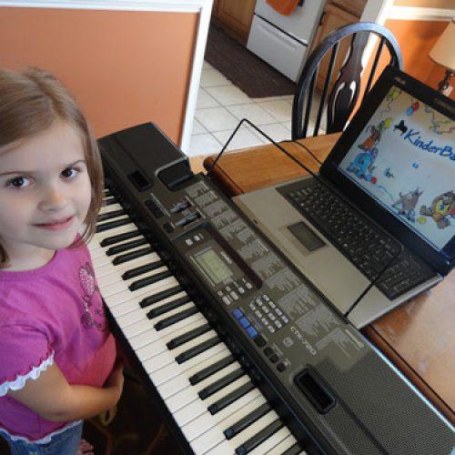 Tự chơi đàn organ dễ hay khó