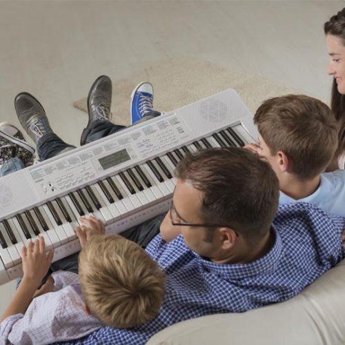 Đàn organ phím sáng là gì