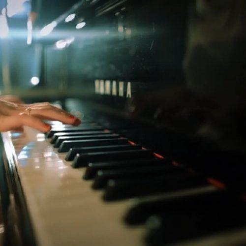 So sánh đàn piano Kawai và Yamaha