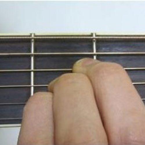 Làm thế nào để đánh được đàn guitar nhanh nhất