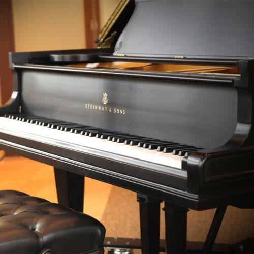 Giới thiệu thương hiệu đàn piano Steinway & sons